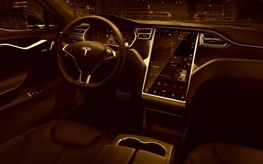 Elon Musk bringt Flammenwerfer unters Volk