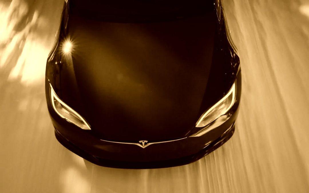 Tesla – Elon Musk will nächsten Roadster fliegen lassen